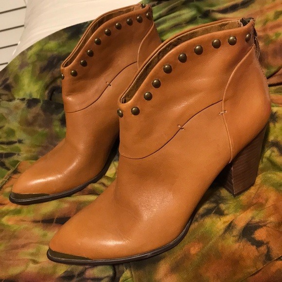 b. makowsky Shoes - B. Makowsky